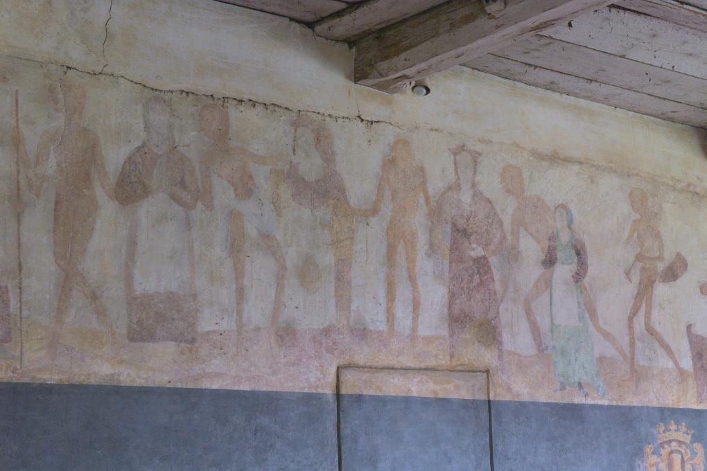 Brianny - Chapelle Sainte-Apolline (XVe s.) - la Danse macabre : mur des femmes