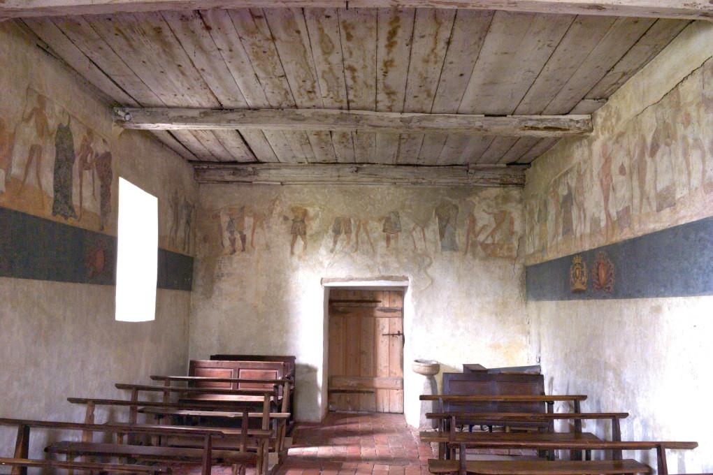 Brianny - Chapelle Sainte-Apolline (XVe s.) - la Danse macabre : murs sud, ouest et nord
