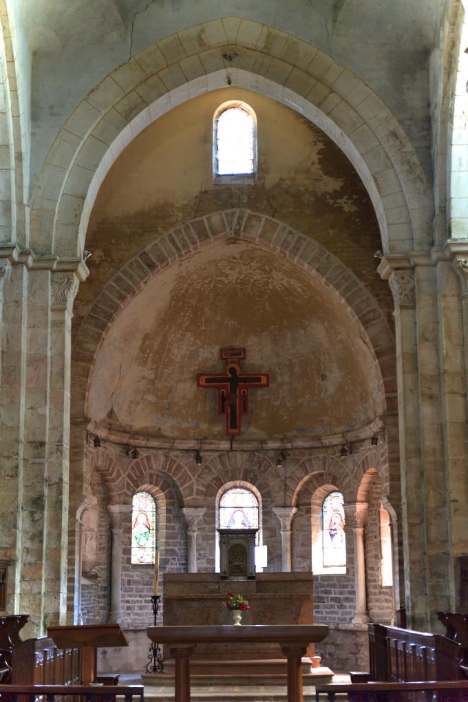 Ciel - Eglise Notre-Dame-de-l'Assomption (XIIe s.) : le choeur et l'abside