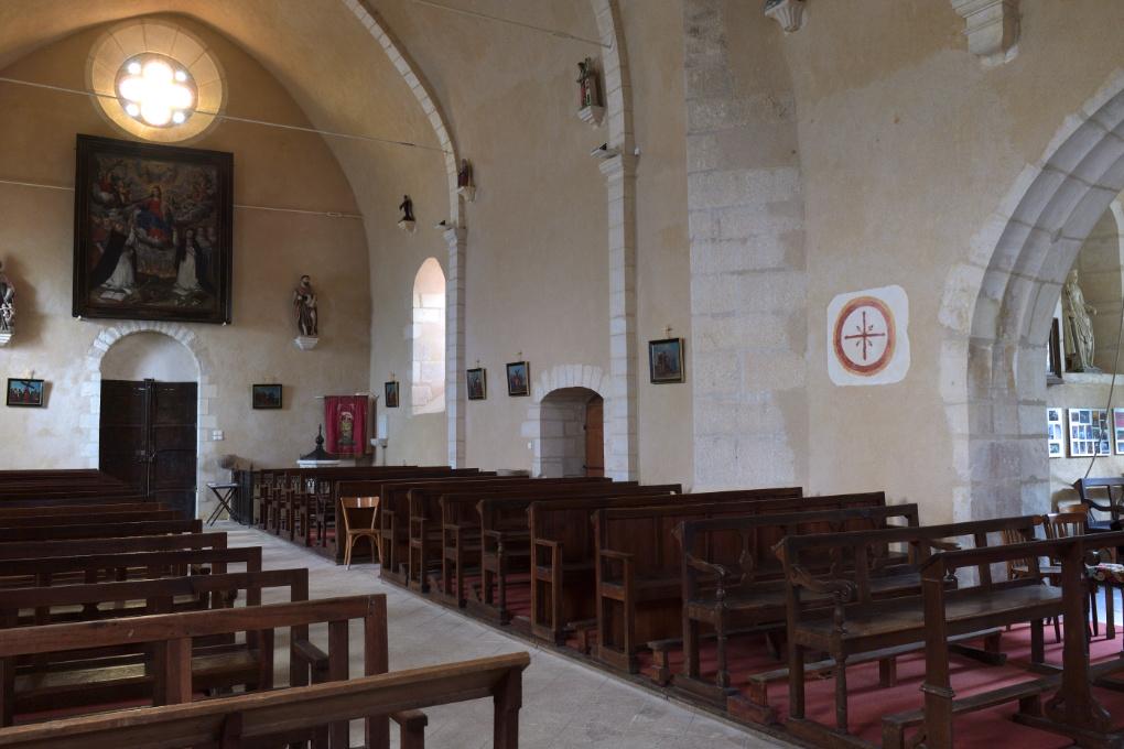 Cry - Eglise Saint-Julien : la nef