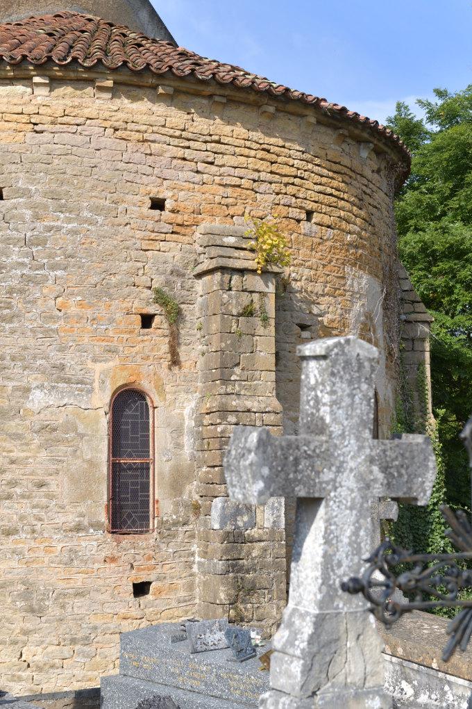 Givry (Yonne) : chevet (XIIe s.) de l'église Notre-Dame