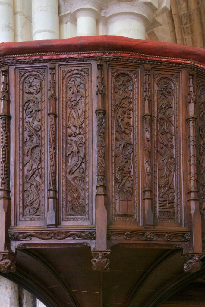 Saint-Bris-le-Vineux - église Saint-Prix-et-Saint-Cot (XIIIe-XVIe s.) : détail de la chaire (XVe s.)