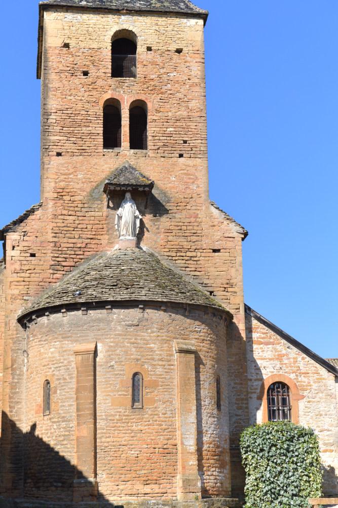 Vinzelles - Eglise Saint-Georges (XIIe s.) : le chevet